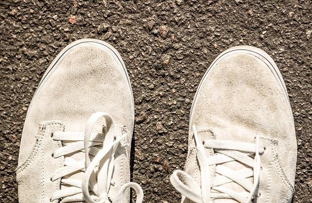Jak vyčistit skvrny od asfaltu a dehtu?