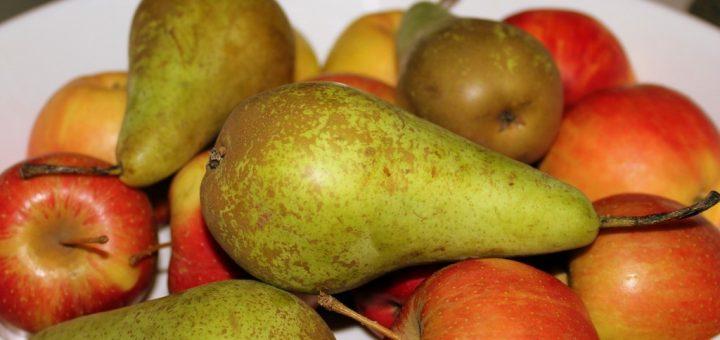 Jak vyčistit skvrny od ovoce (jablek, hrušek, broskví, švestek, světlých hroznů)?