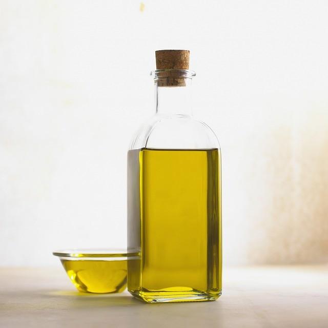 Jak vyčistit skvrny od oleje?