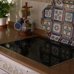 Jak vyčistit sklokeramickou varnou desku?