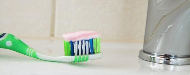 Zubní pasta jako univerzální čistič