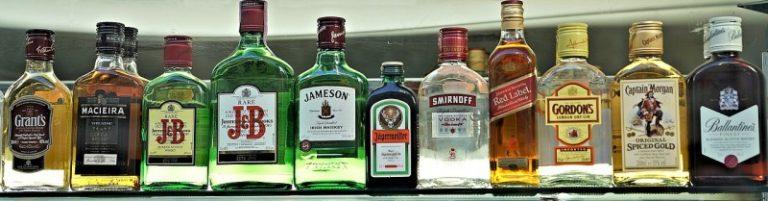 Jak vyčistit skvrnu od alkoholu?