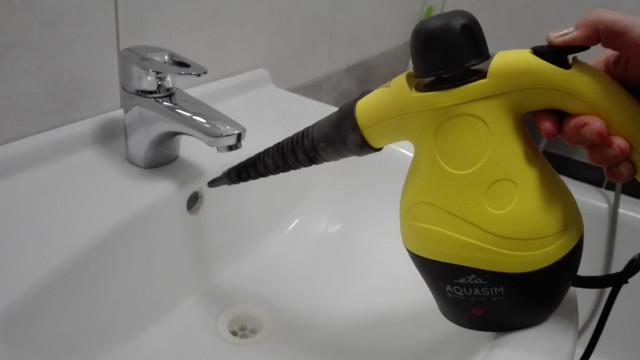 Parní čistič Eta Aquasim - čištění umývadla