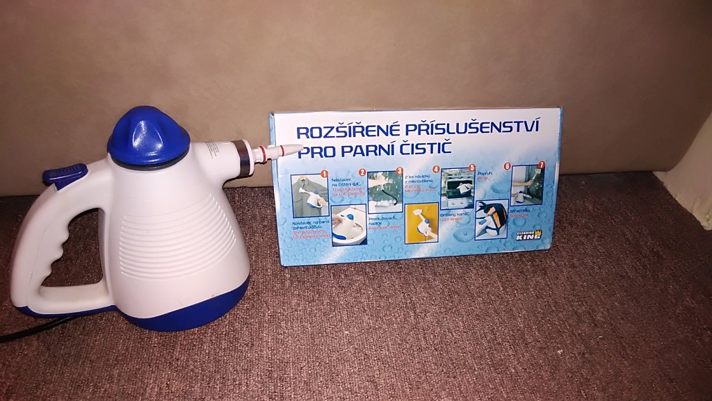 Parní čistič MAXXX SC-PAZ001 a krabice s rozšířeným příslušenstvím