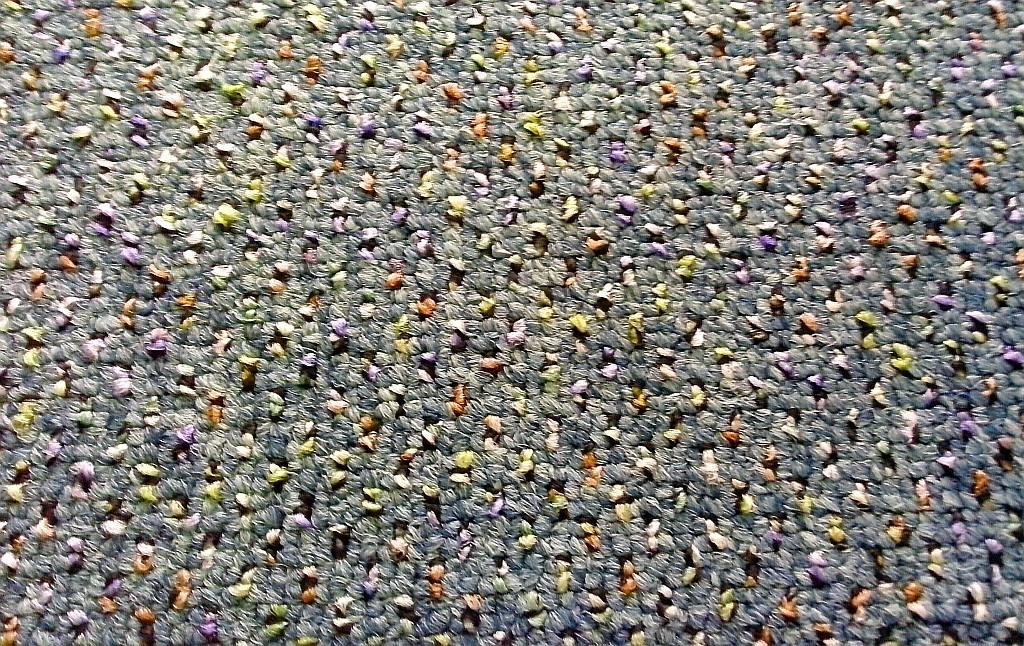 Zátěžový smyčkový koberec