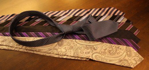 Jak správně vyprat a vyžehlit kravatu?
