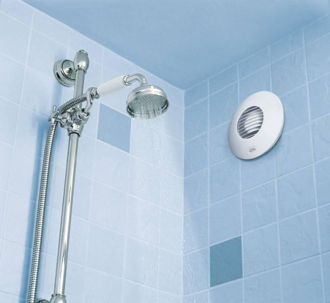 Ventilátor Airflow ve sprchovém koutu