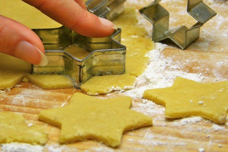 Jak vyčistit formičky na cukroví?
