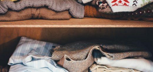 Jak si uklidit šatník?