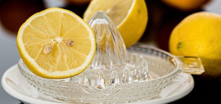 Uklízejte chytře s kyselinou citronovou